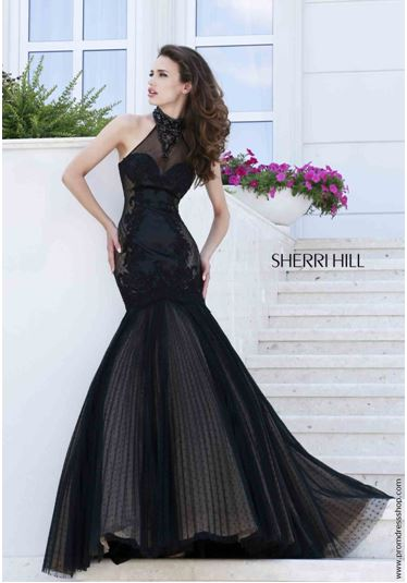 Tips To Keep In Mind Before You Hit Prom Dress Stores